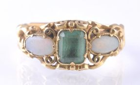 VICTORIAN 18T GOLD EMERALD AND OPAL RING