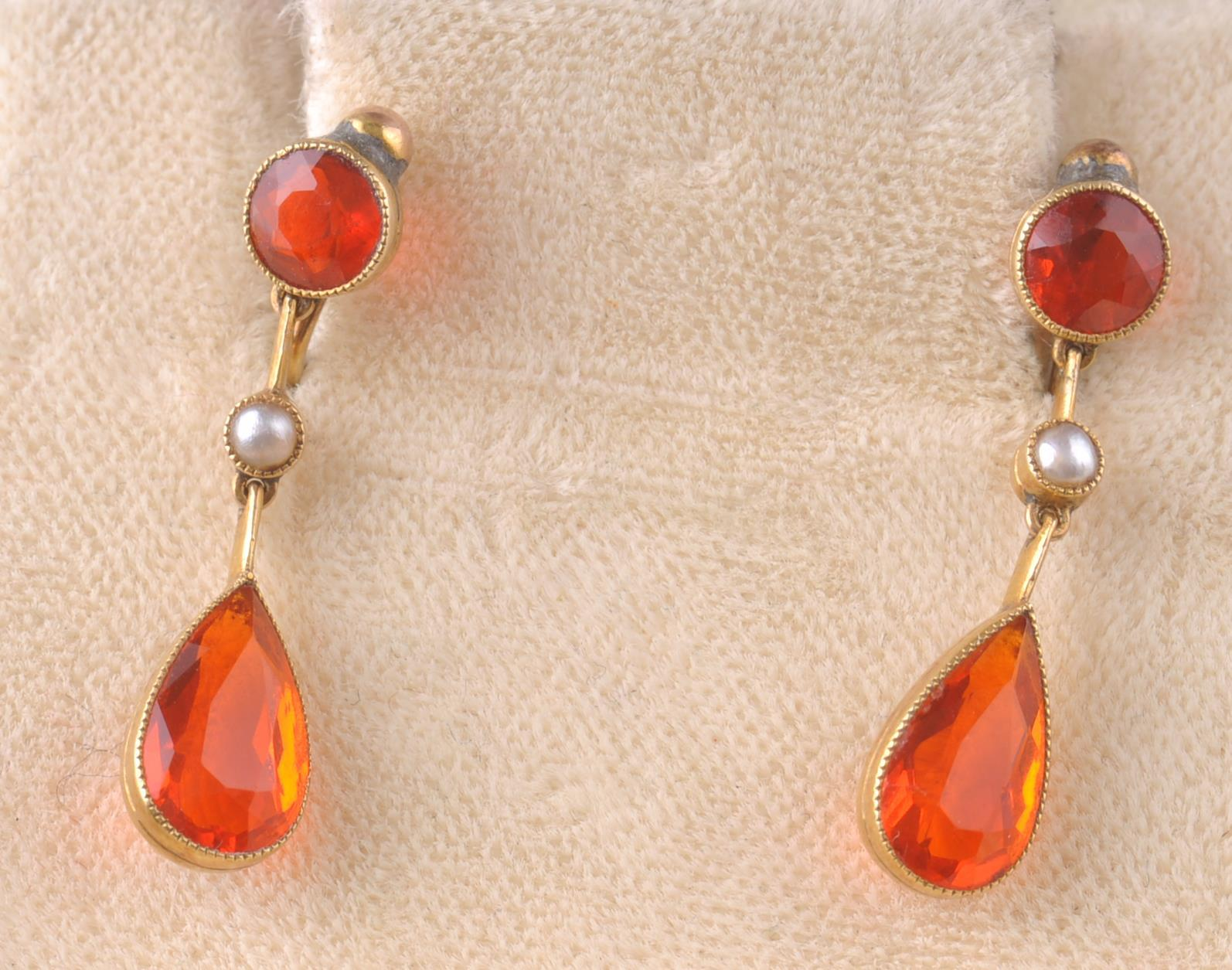 Lot 31 - A PAIR OF EARLY 20TH CENTURY SPESSARTINE GARNET &