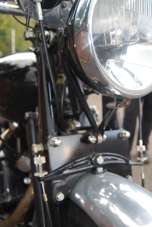 Lot 1 - STUNNING 1954 VINCENT BLACK SHADOW 998cc MOTORCYCL