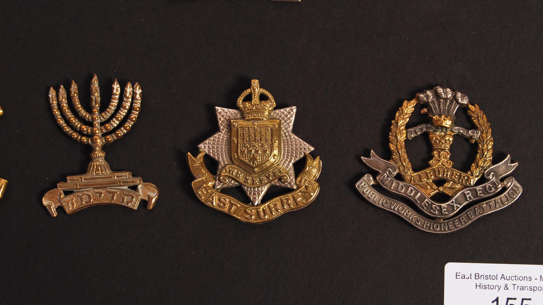 Lot 155 - WWI FIRST WORLD WAR RELATED UNIFORM CAP BADGES