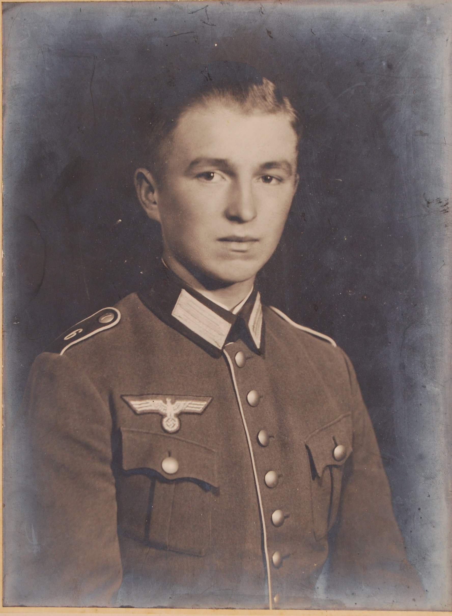 Lot 34 - WWII SECOND WORLD WAR GERMAN NAZI SOLDIER FRAMED P