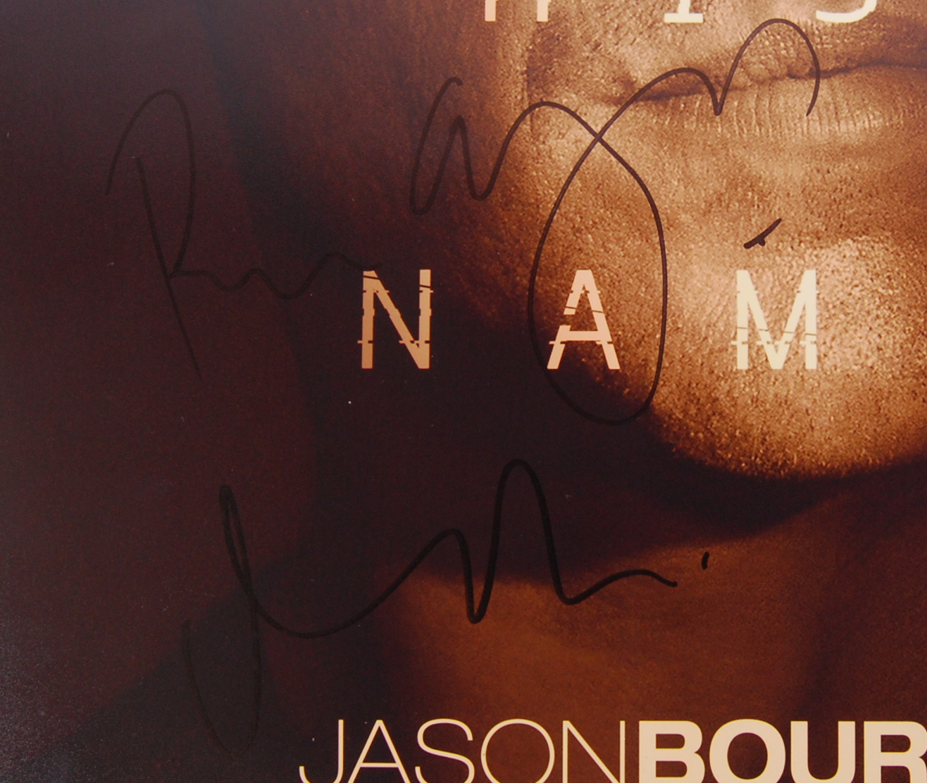 Lot 33 - JASON BOURNE - MATT DAMON & DIRECTOR - SIGNED MOVI