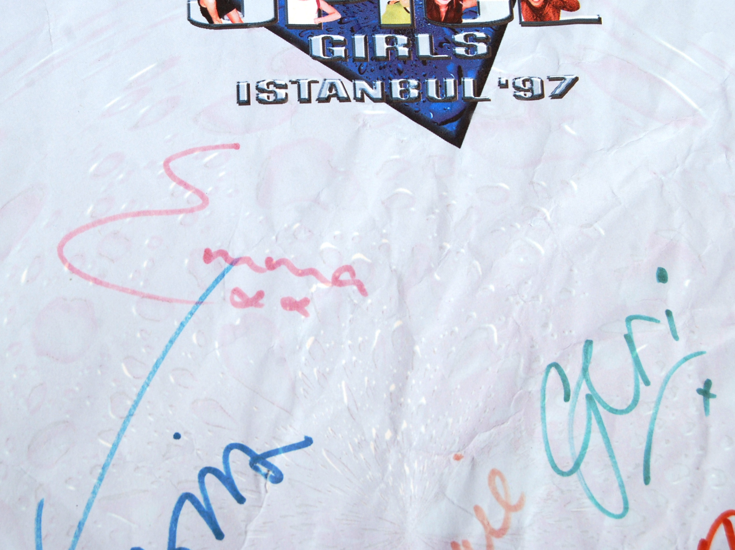 Lot 82 - RARE THE SPICE GIRLS 1997 FULLY SIGNED PROMOTIONAL