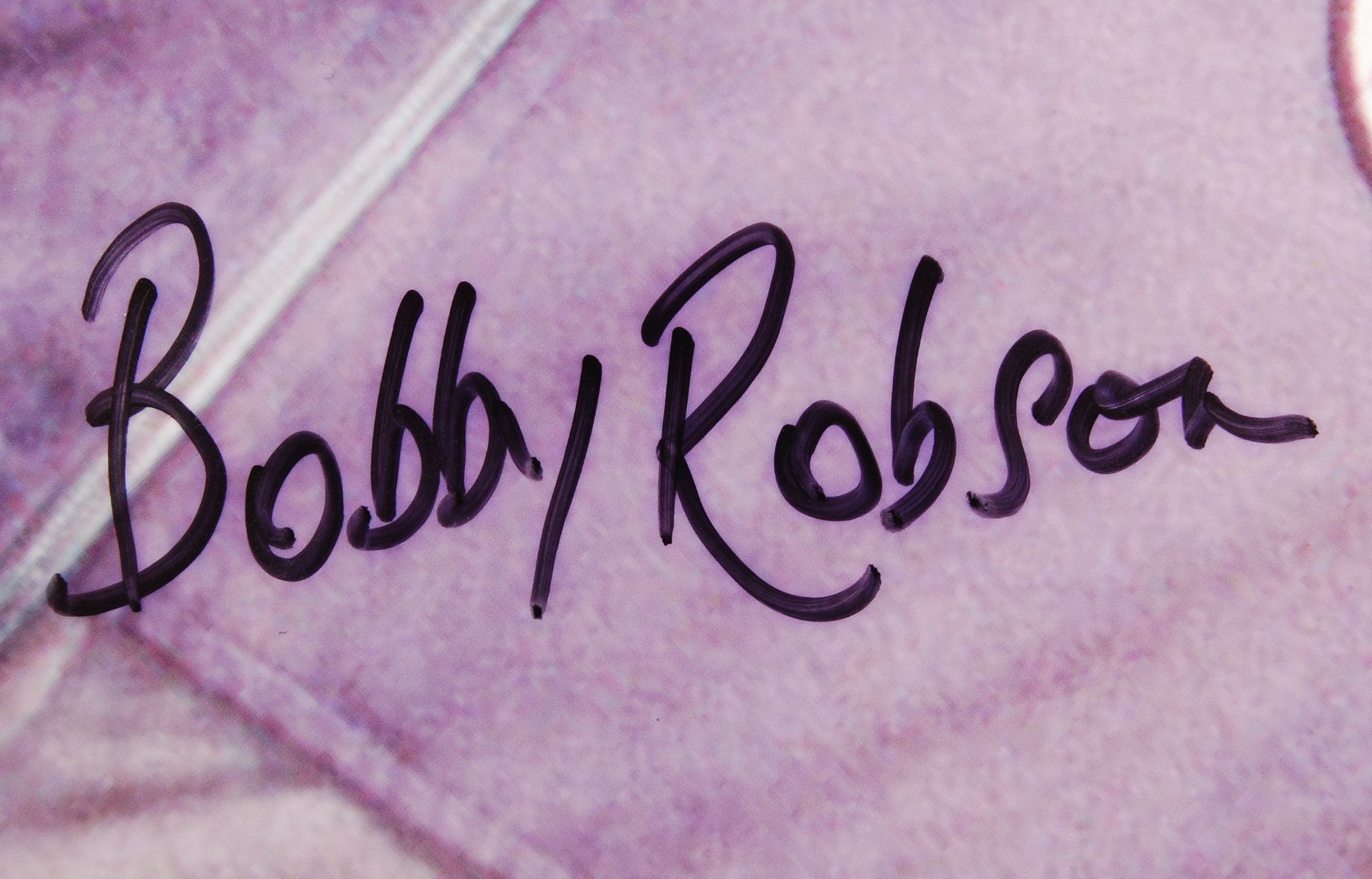 Lot 92 - SIR BOBBY ROBSON - FOOTBALL MANAGER - LARGE AUTOGR