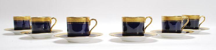 A cased original 20th century Aynsley porcelain de