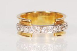 A CONTEMPORARY 18CT GOLD & DIAMOND HALF ETERNITY R