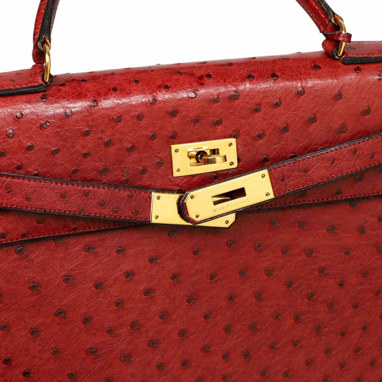"Lot 44 - HERMÈS VINTAGE Handtasche ""KELLY BAG OSTRICH 32"", Kollektion 1983.NP ca.: 17.000,-€. Straußenleder"