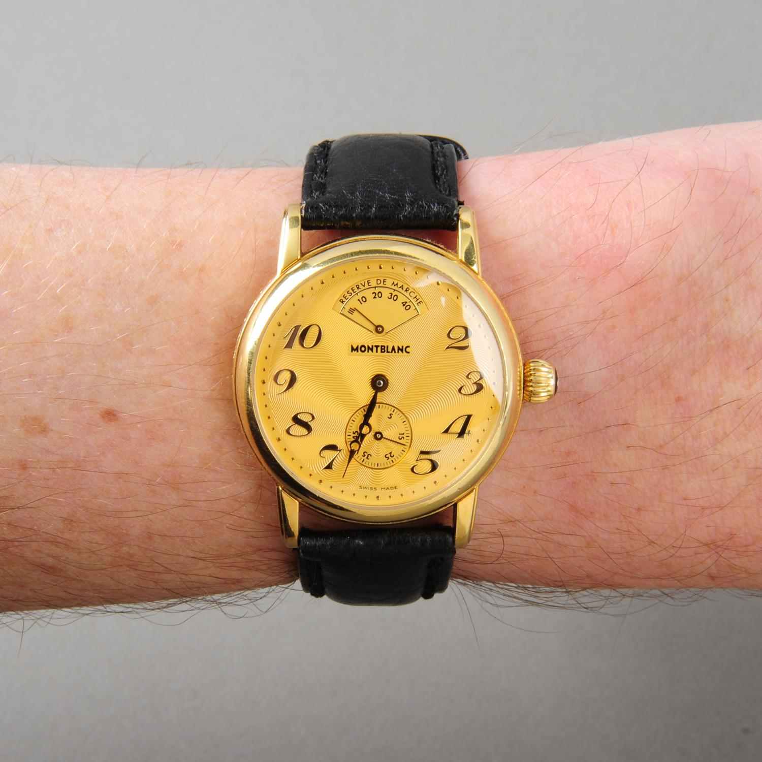 Lot 178 - MONTBLANC - a gentleman's Meisterstuck wrist watch. 18ct yellow gold case. Reference 7007, serial