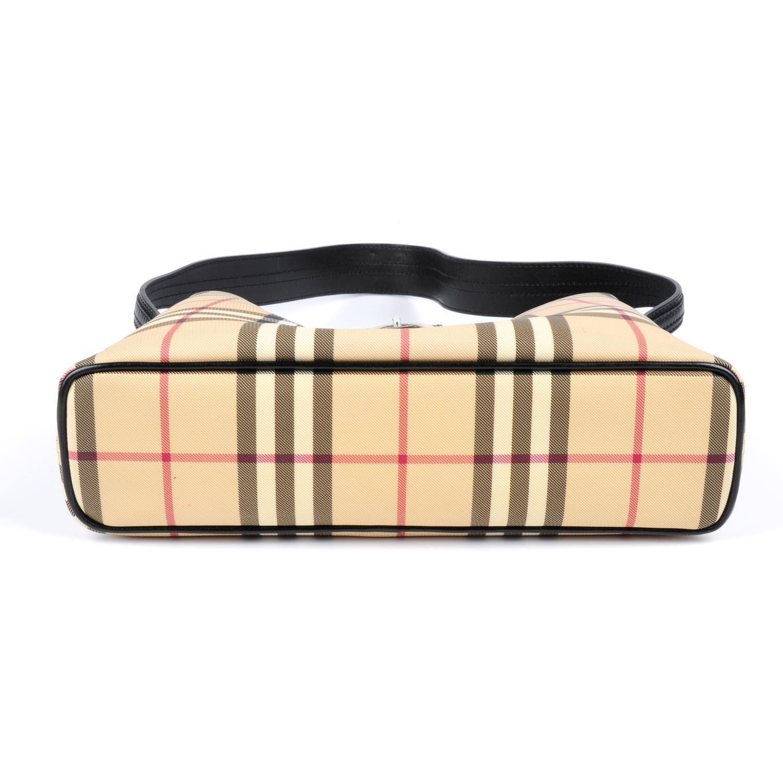 Lot 16 - BURBERRY - a House Check handbag.