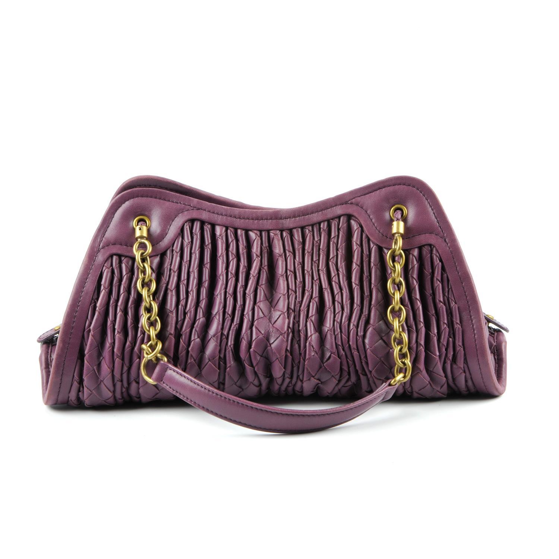 Lot 10 - BOTTEGA VENETA - a ruched Intrecciato handbag.