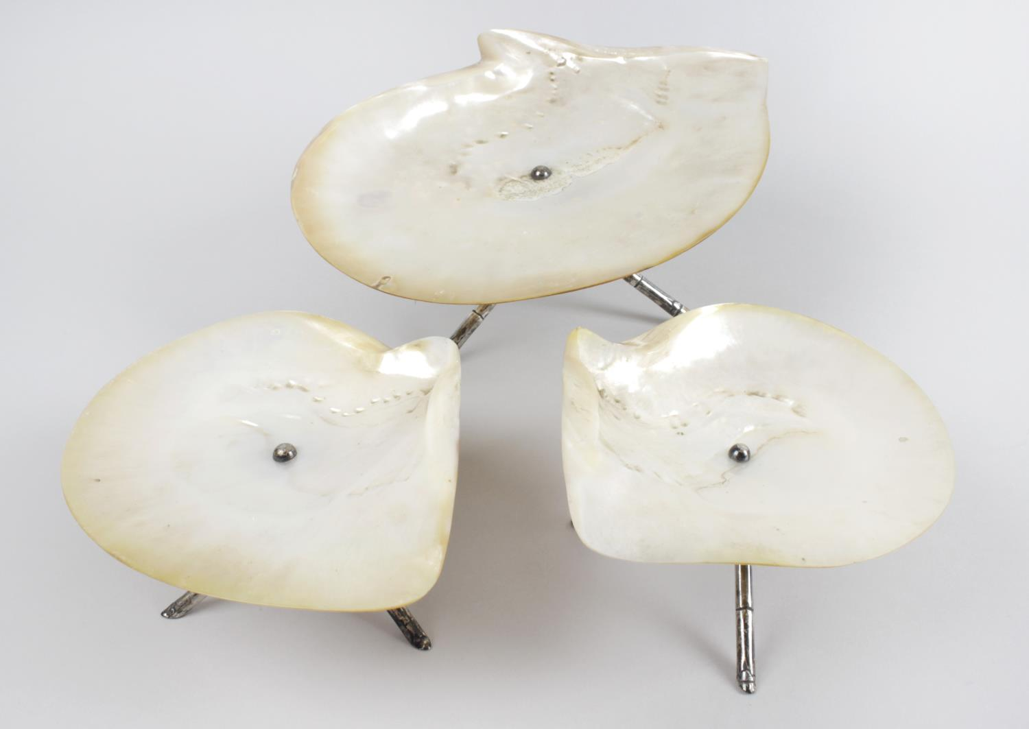 Lot 171 - A set of three Chinese export mother-of-pearl dishes,