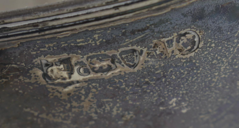 Lot 150 - A George III silver cream jug,