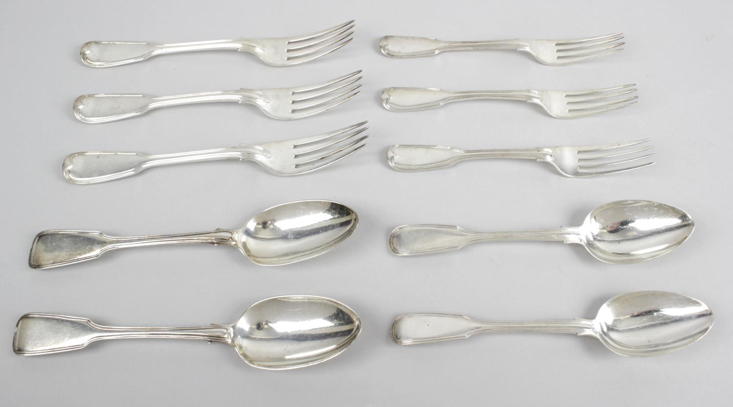 Lot 96 - A George IV and later silver composite part canteen in Fiddle Thread pattern,