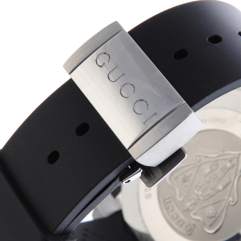 Lot 47 - GUCCI - a gentleman's Dive wrist watch.