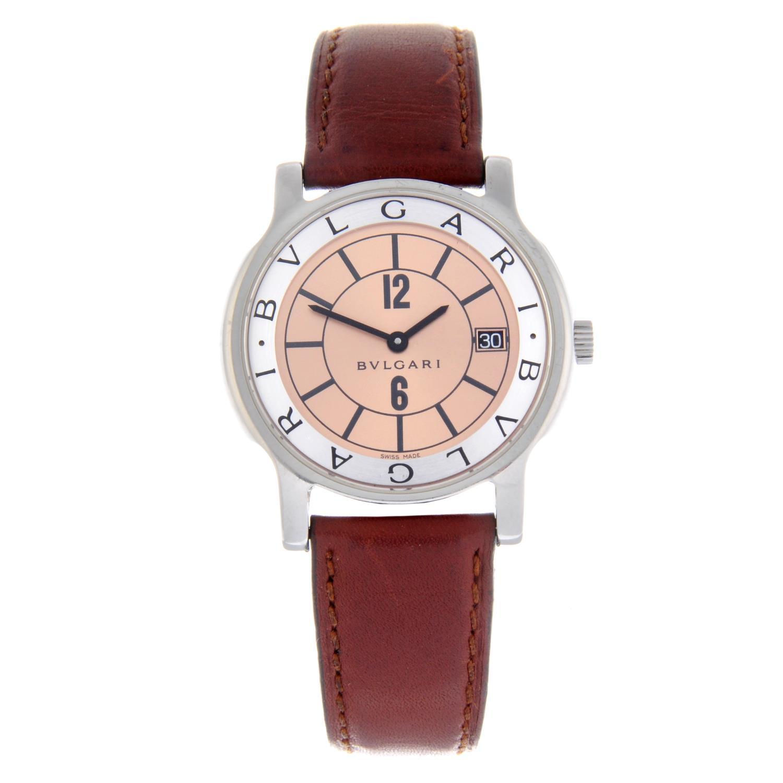 Lot 5 - BULGARI - a gentleman's Solotempo wrist watch.