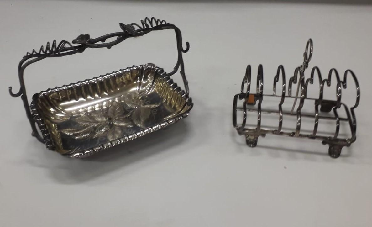 Lot 38A - A William IV English silver Toast Rack, with shell decorated feet by Joseph Angel & Joseph Angel II,
