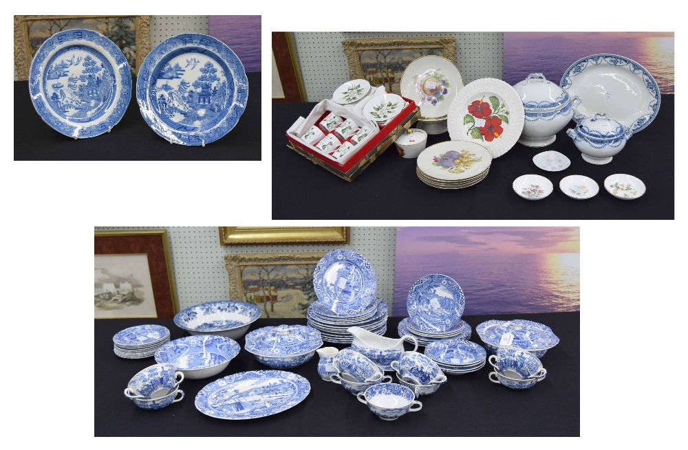 Lot 18 - Quantity of Midwinter 'Landscape' pattern dinner ware, pair of English pearl ware blue and white