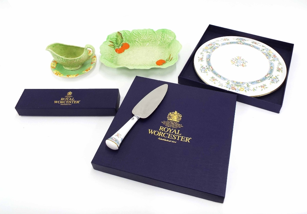 """Lot 32 - Carlton Ware tomato and lettuce leaf moulded serving dish, 10.5"""" wide, together with a Royal"""