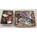 Lot 79 - Selection of assorted vintage costume jewellery including bangles, necklaces, brooches etc