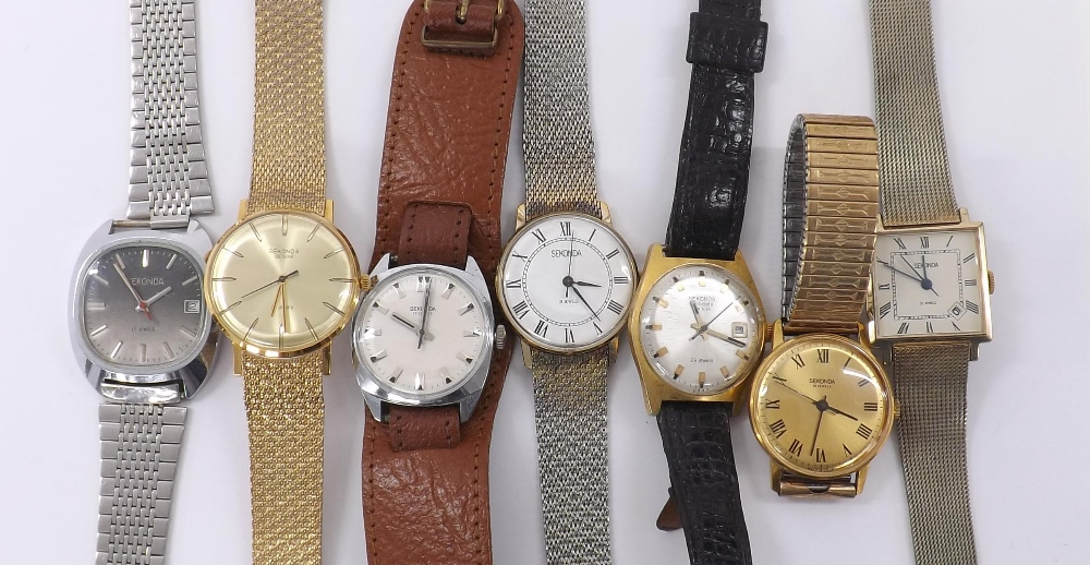 Lot 1891 - Sekonda Autodate de luxe gold plated and stainless steel gentleman's wristwatch; together with a