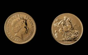 Elizabeth II 22ct Gold Full Sovereign - Date 2001. London Mint & Mint Condition. Weight 7.98 grams.