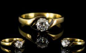 18ct Gold - Superb Single Stone Diamond Ring, High Grade - Round Brilliant Cut Diamond.