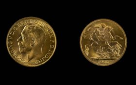 George V 22ct Gold Full Sovereign - Date 1915. London Mint - High Grade, Nr / Mint. Weight 7.
