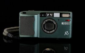 A RICOH R1 35MM Compact Point And Shoot