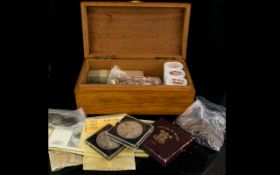 A Mix Collection Of Mostly Nickel And Copper Coinage To Include Old Pennys, Comemorative Coins,