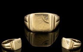 Gents 9ct Gold Diamond Set Signet Ring, Starburst Design. Fully Hallmarked for 9ct.