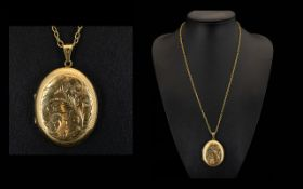 Ladies 9ct Gold Large and Impressive Oval Shaped Hinged Locket / Double Photo ) with Attached Long