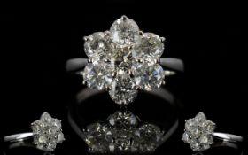 18ct White Gold 7 Stone Diamond Set Cluster Ring Superb quality ladies ring, flower head design.