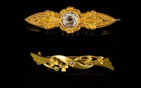 Antique Period Attractive 15ct Gold Ston