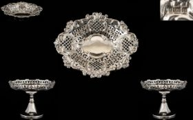 Art Deco Period Pair of Solid Silver Sweetmeat Pedestal Bowls of Very Pleasing Form.