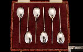Elizabeth II Contemporary Designed Silver Set of Six Teaspoons or Unusual Form / Shape, Boxed.