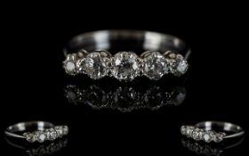 18ct White Gold 5 Stone Diamond Ring. Th