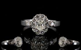 18ct Gold Diamond Set Cluster Ring Set w