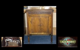 Gilbert Antique Cabinet Gramophone Reg Number 728494 Housed in traditional oak cased cabinet with