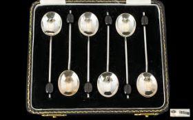 Art Deco Period Boxed Set of Six Silver Coffee Spoons. Hallmark Birmingham 1931.