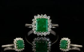18ct White Gold Attractive Emerald And D