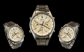 Seiko 7A28 - 7020 Quartz Chronograph Stainless Steel Wrist Watch as worn in the James Bond Film 'A