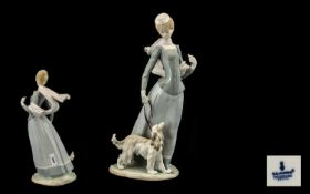 Lladro - Large and Impressive Porcelain