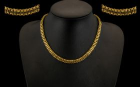 Antique Period - Attractive and Quality 9ct Gold Well Designed Ornate Double Links Chain ( Solid )
