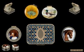 Top Quality - Vintage Collection of Silver and Enamel Pill Boxes ( 5 ) In Total. All Are Fully