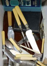 Lot 61 - A quantity of plated wares including cutlery and a cased set of dessert eaters