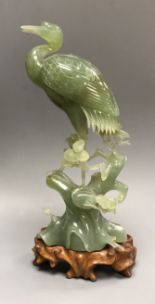 Lot 302 - A hardstone carving of a heron, in fitted box