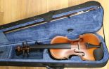 Lot 190 - A cased violin