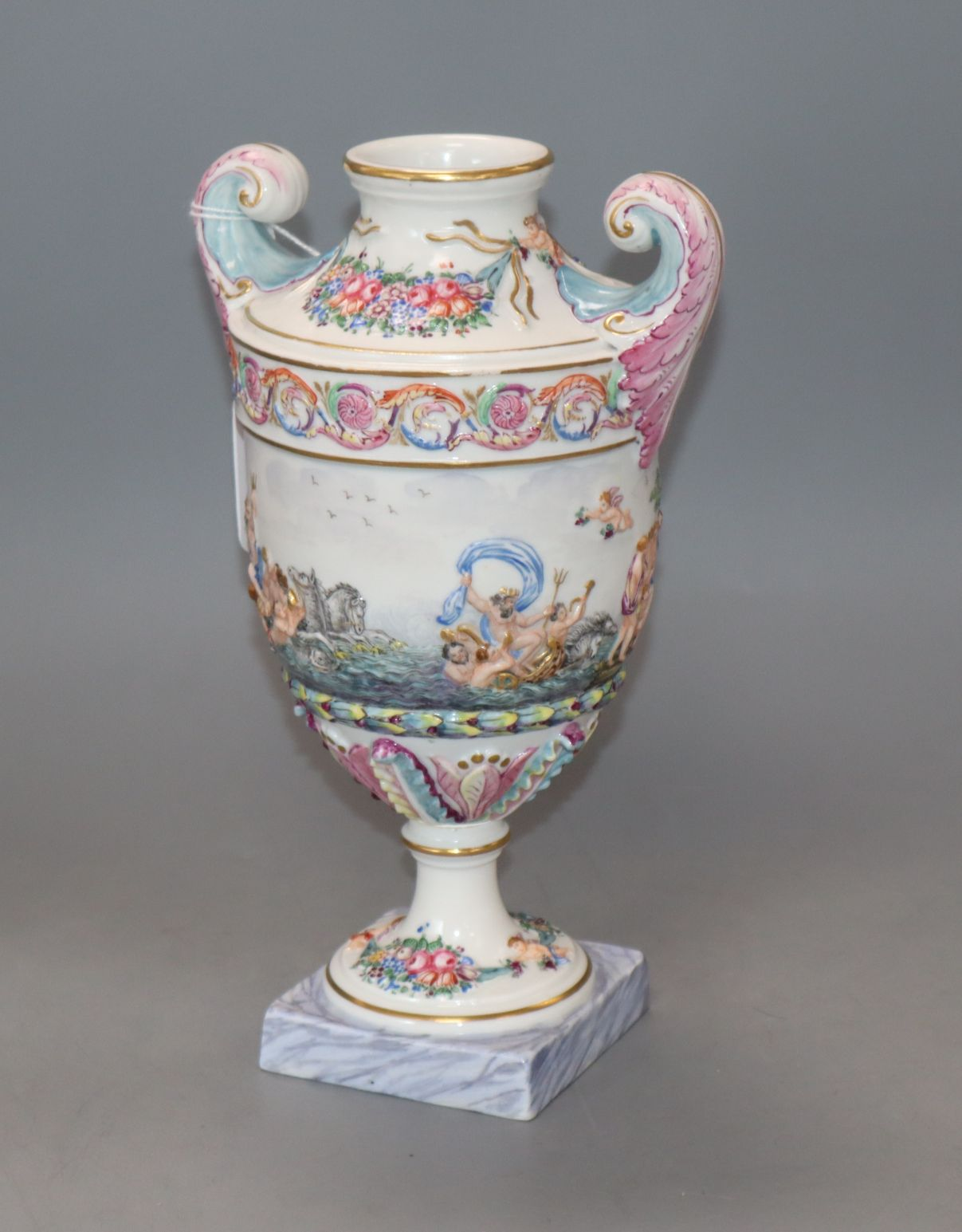 Lot 100 - A Richard Ginori, Doccia Naples-style vase height 24cm