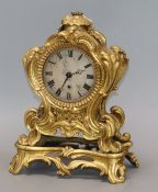 Barrauds of Cornhill, London. An ormolu mantel timepiece