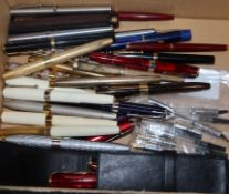 A collection of fountain pens by Sheaffer, Parker, Schmidt, many with gold nibs